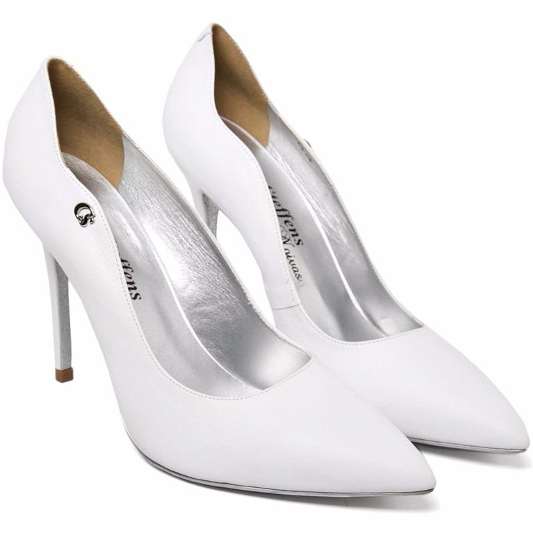 a78707bbde Sapato Scarpin Branco Noiva Bico Fino Salto Alto Couro Novo - R  499 ...