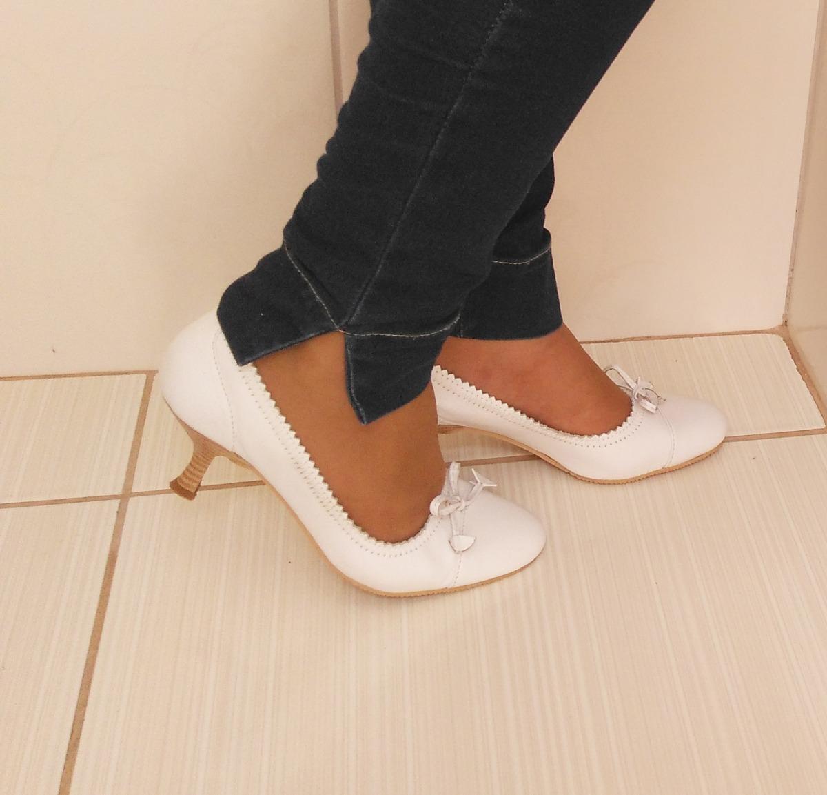 0951b5aff sapato scarpin branco salto durval calçados finos nº 37. Carregando zoom.
