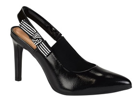 d25ea61489 Sapato Scarpin Dakota B9813 Preto Chanel Bico Fino Laço