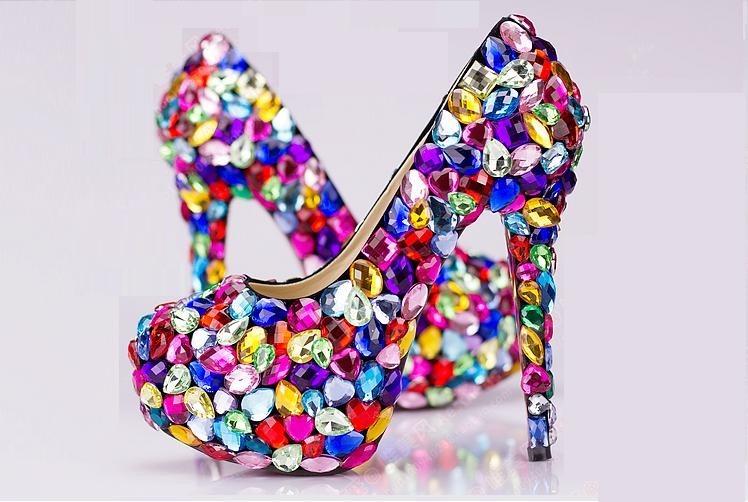 c8d2d7509 Sapato Scarpin De Cristais Coloridos Noivas Calçado Import - R$ 550 ...