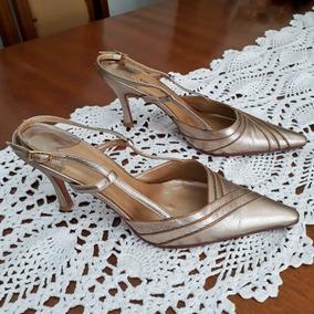 80641f818d Sapato Scarpin Ouro Velho Feminino no Mercado Livre Brasil