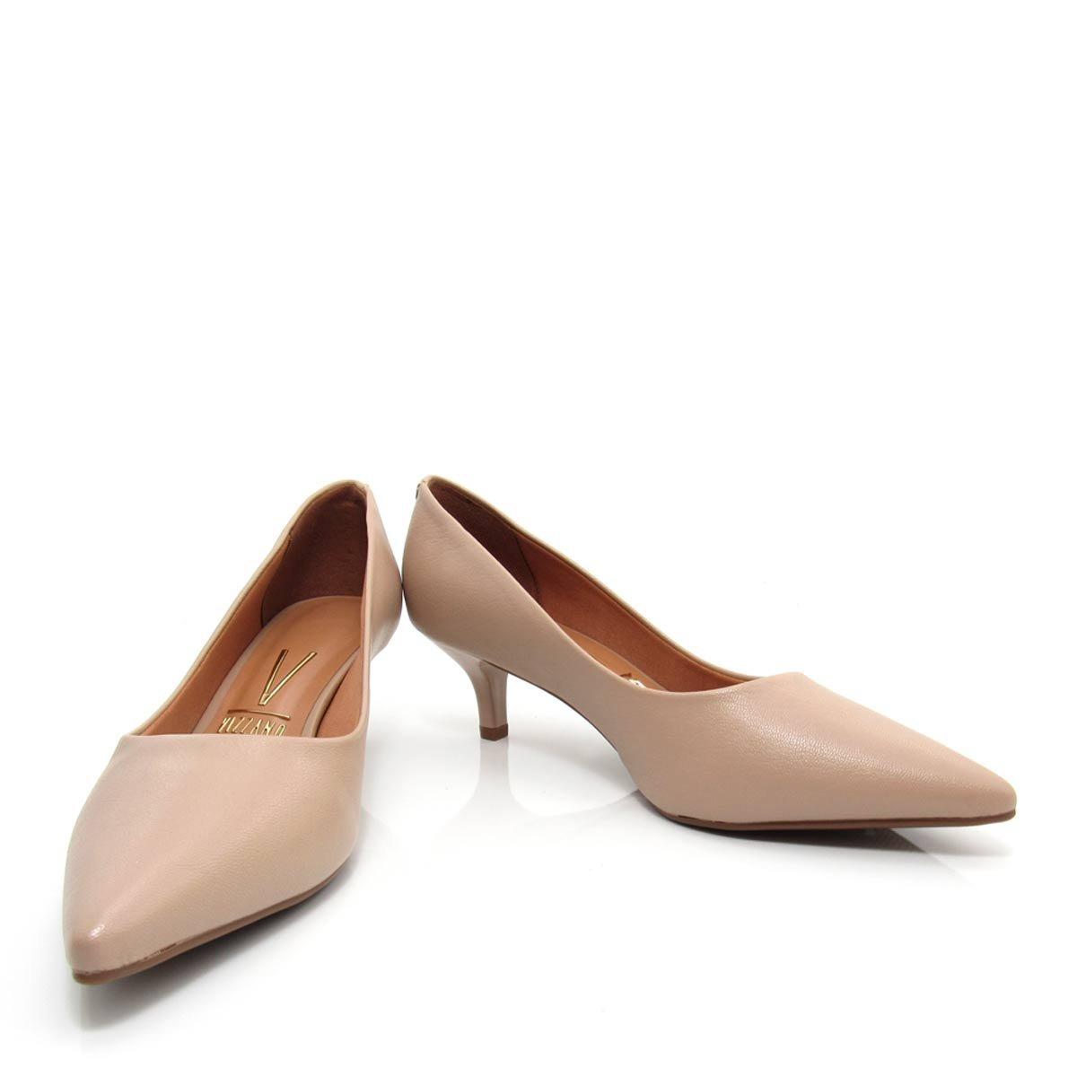 de610676b7 sapato scarpin feminino vizzano 1122600 salto baixo. Carregando zoom.