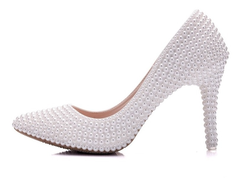 cb508c690 sapato scarpin noiva festa decorado com pérola bico fino. Carregando zoom.