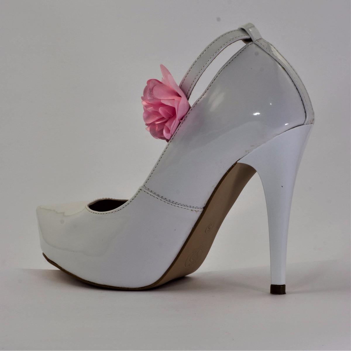 783d95dbf0 sapato scarpin salto 10 cm fino cor verniz branco com tira. Carregando zoom.