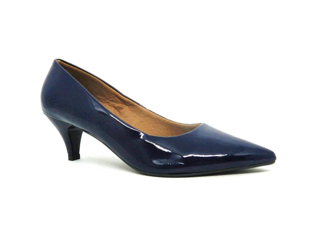 f0ef2b1d2 sapato scarpin salto baixo bico fino azul marinho verniz. Carregando zoom.