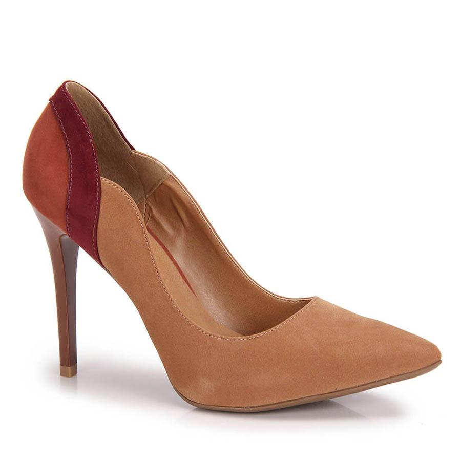 e93c8158aa Sapato Scarpin Salto Fino Lara - Caramelo - R  79
