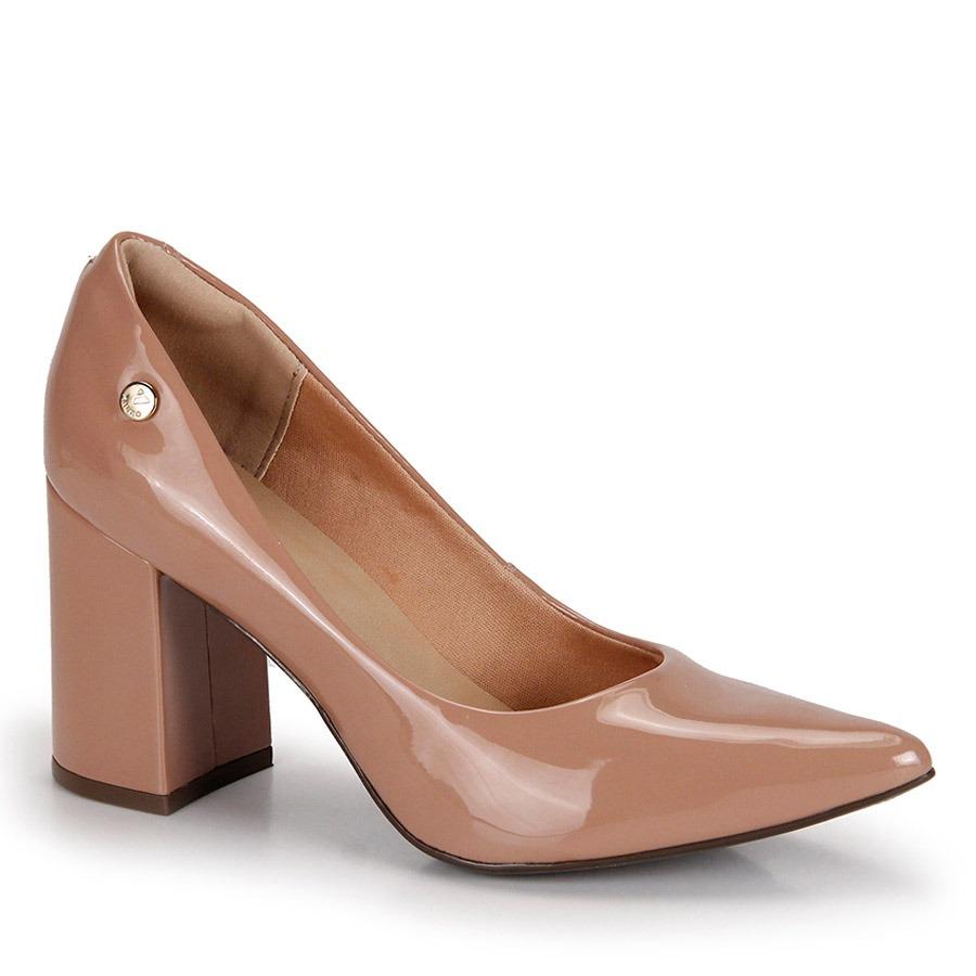 a85307b5b9 sapato scarpin salto grosso via uno verniz - nude. Carregando zoom.