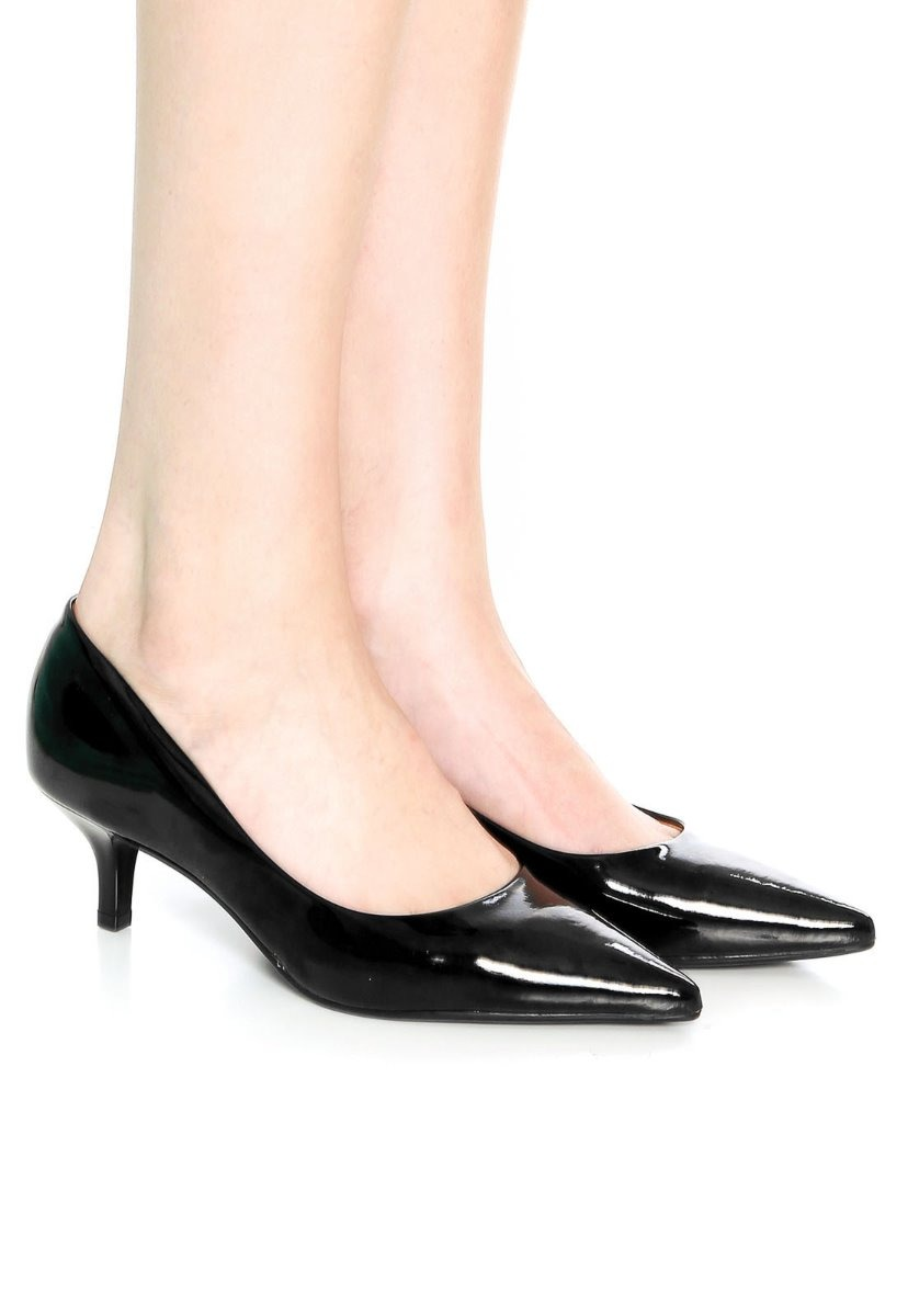 91527046f1 Sapato Scarpin Vizzano Salto Baixo Preto - R$ 78,90 em Mercado Livre