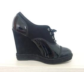 1736021d40 Sapato Fechado Anabela Schutz - Calçados