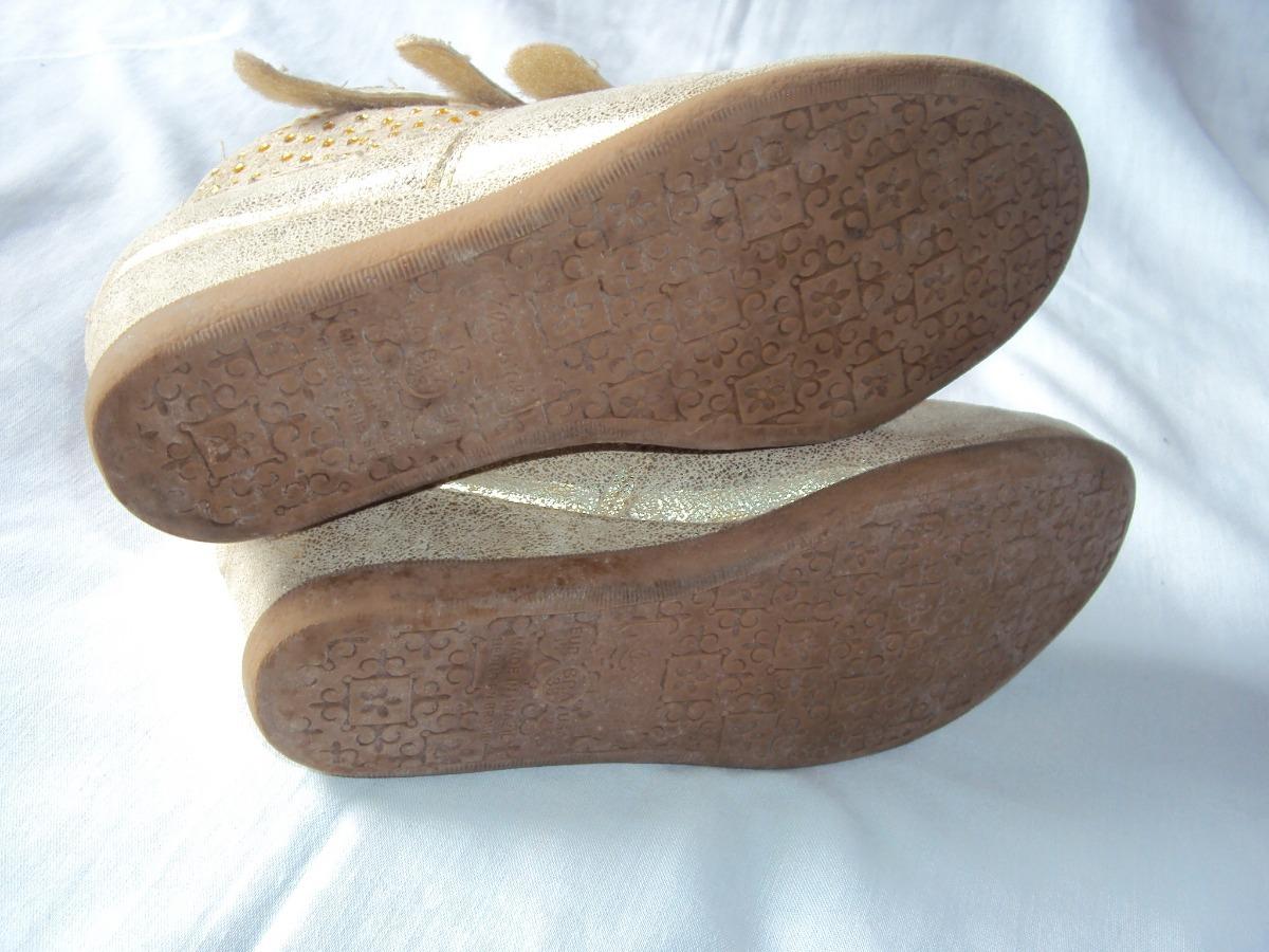 c05374ba0e sapato sneaker infantil bege klassipé tamanho 33. Carregando zoom.