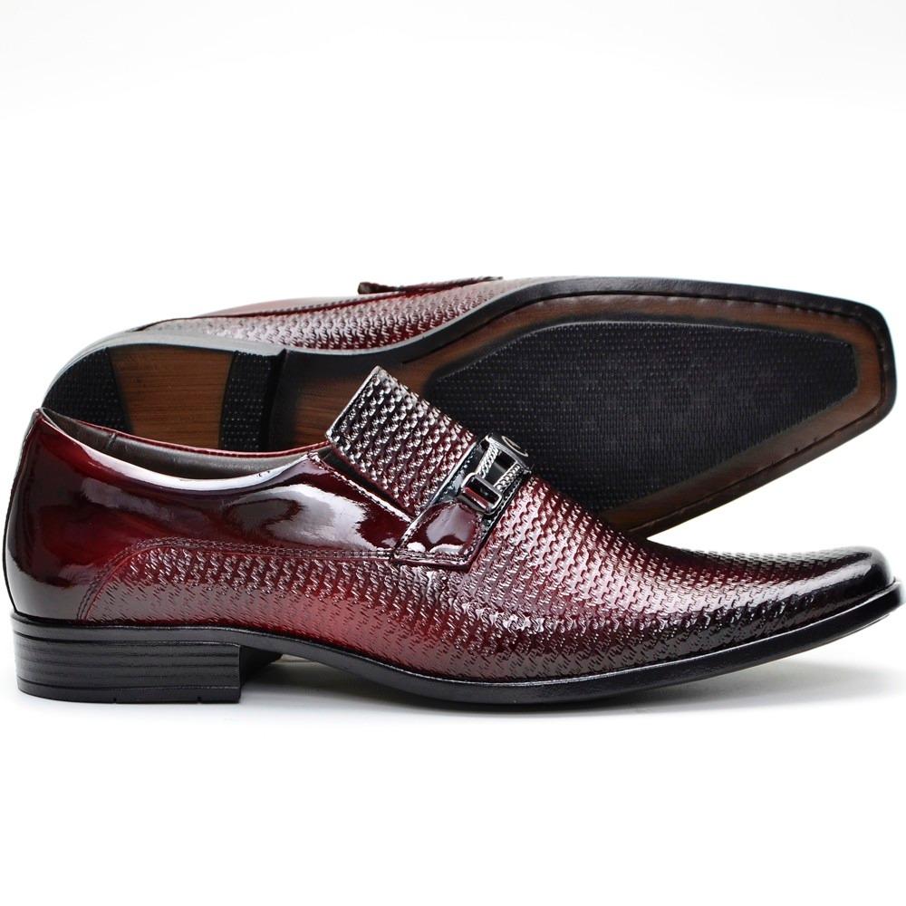 30b046cd9 Sapato Social Barato Masculino Em Couro Brilhoso - R$ 169,91 em ...
