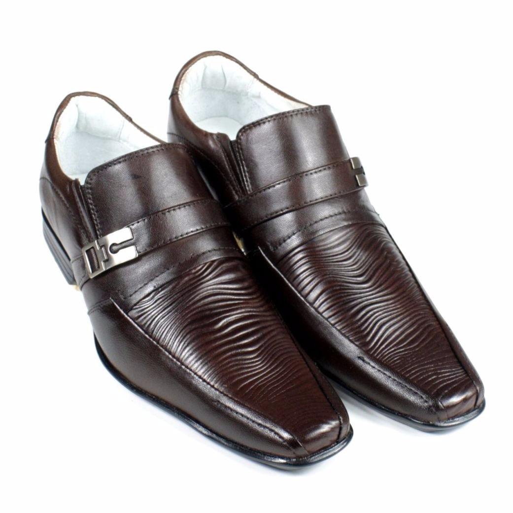 823c92ed31 sapato social couro de carneiro pelica modelo italiano. Carregando zoom.