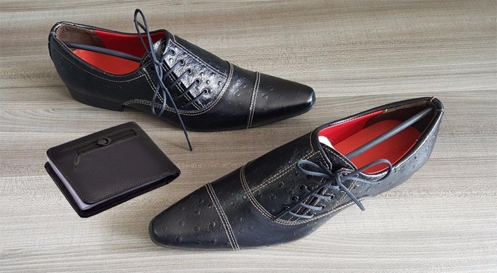 96cf5079f9 sapato social masculino bico fino de luxoso couro legitimo v. Carregando  zoom.