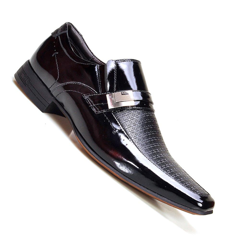 a6d1f558b2 sapato social masculino calvest chicacgo em couro verniz. Carregando zoom.