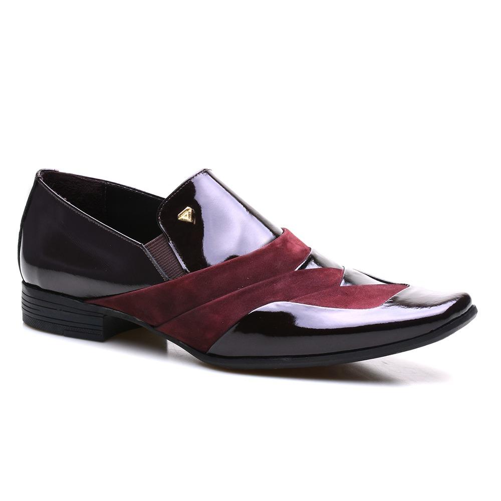 6cf21e5c0 sapato social masculino couro verniz preto calvest 1100c737. Carregando zoom .