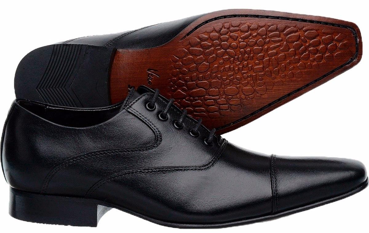 d8bf70fea9 sapato social masculino de amarrar bico fino longo em couro. Carregando  zoom.