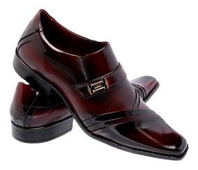 6962164fd3 Sapato Social Masculino Italiano Sapatos Sociais - Sapatos Sociais e  Mocassins Bordô com o Melhores Preços no Mercado Livre Brasil