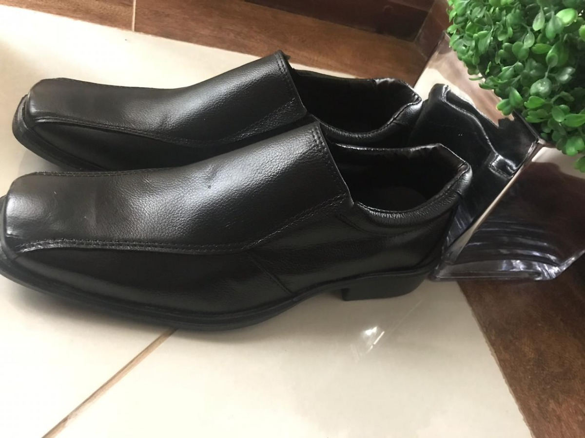 198aa568e2 sapato social masculino em couro melhor preço ttc01. Carregando zoom.
