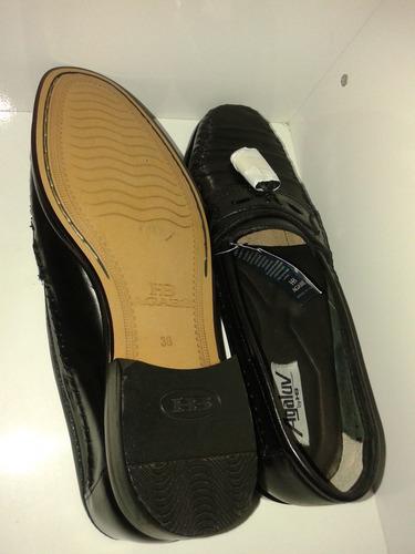 sapato social masculino hb preto, muito bom preto em couro.