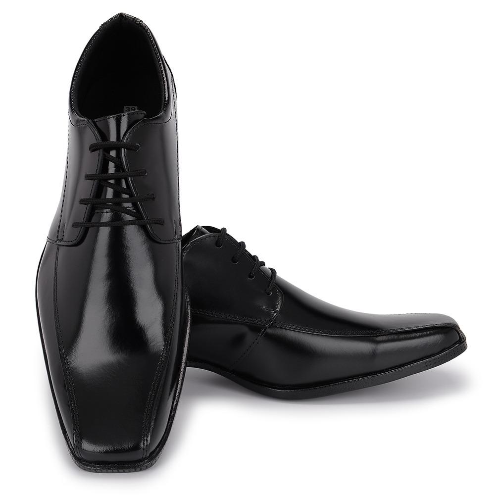 5bb914f1c sapato social masculino preto bico fino de cadarço em couro. Carregando  zoom.