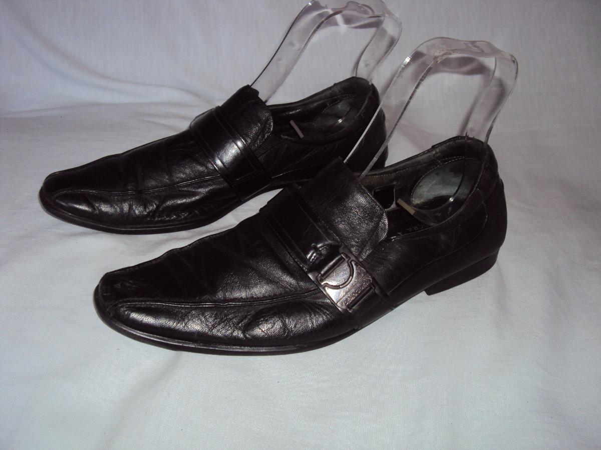 06fcb1453 sapato social masculino preto de couro fascar democrata 41. Carregando zoom.