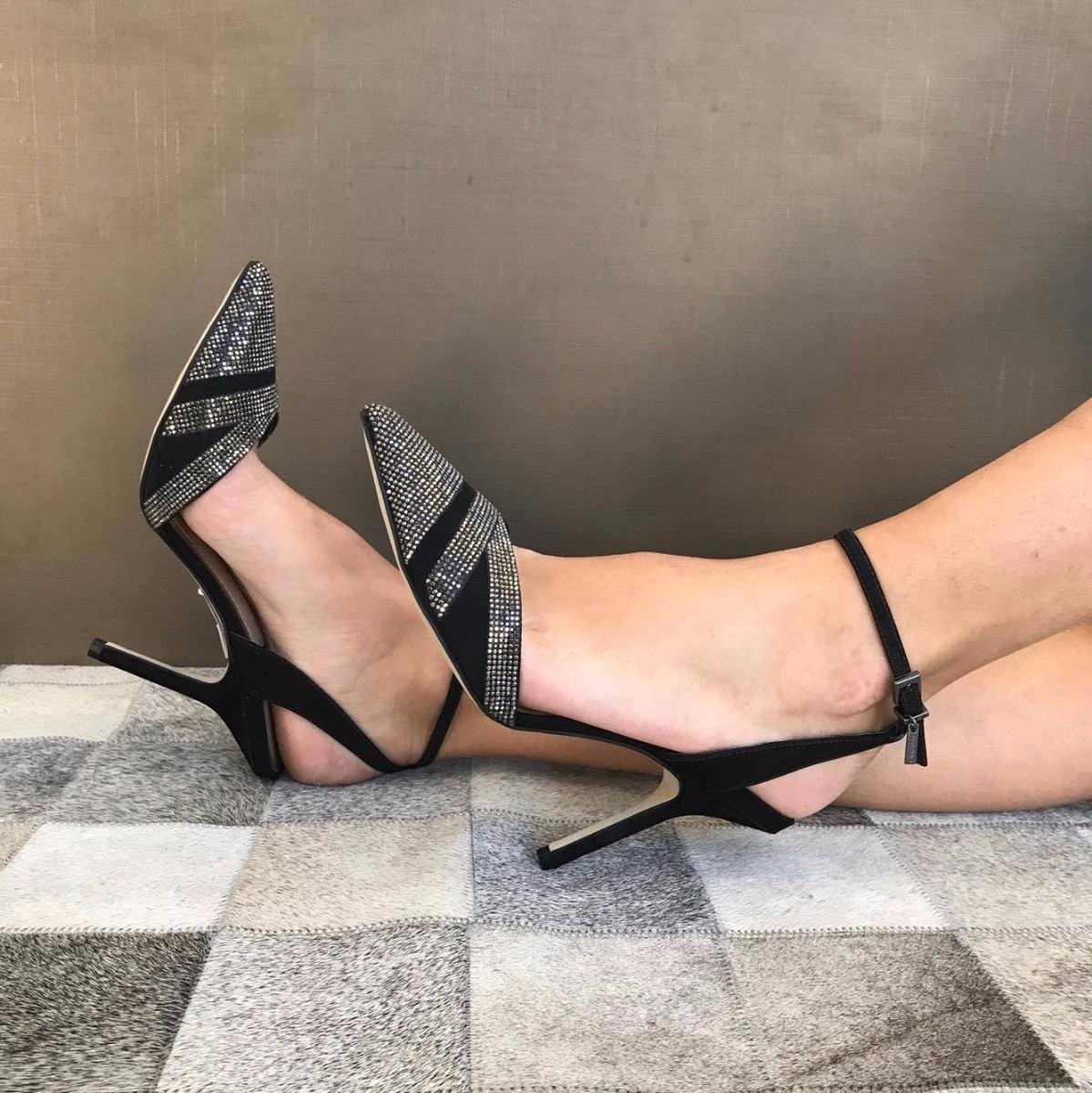 ff151d928 Sapato Social Para Festa Chique Modelo Chanel - R$ 249,00 em Mercado ...