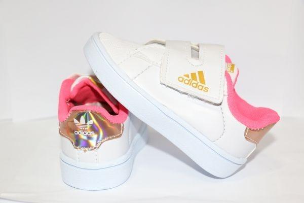 4b9669d0a2 Sapato Tênis Criança Menina Bebê Infantil Branco rosa - R  55