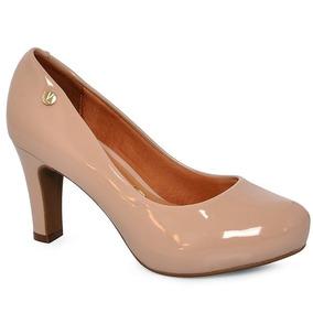 7841df1443 Sapatos Em Verniz Feminino Peep Toe - Sapatos para Feminino Marrom ...