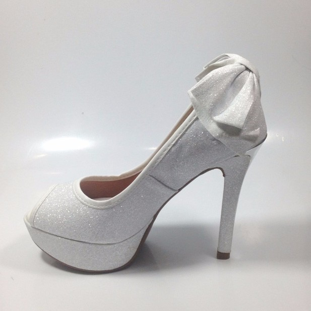 Sapato de Noivas Vizzano Peep Toe Salto Fino (com imagens