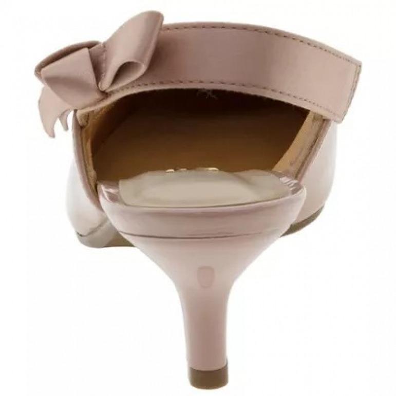 54aefd70cb Sapato Vizzano Scarpin Chanel Verniz Feminino - Rosa - R  119