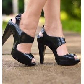67633236c Sapatos para Feminino em São Paulo Zona Leste, Usado no Mercado ...
