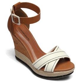 c3451bd817 Sapataria Nova Sandalias Cravo E Canela - Outros Sapatos no Mercado ...