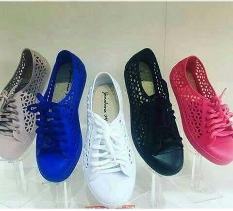 e6322c5f8 Sapatos Baratos Bombando No Facebook Confortaveis Faceboo - R$ 49,99 ...