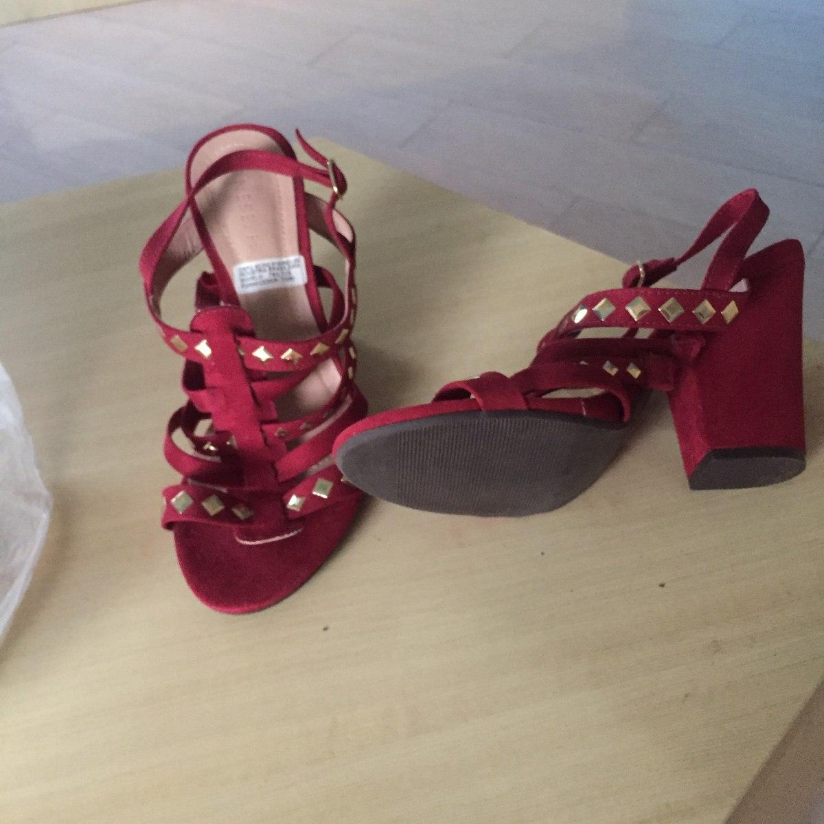 b78a1af10 sapatos de mostruario com 60%ou mais barato que na loja. Carregando zoom.