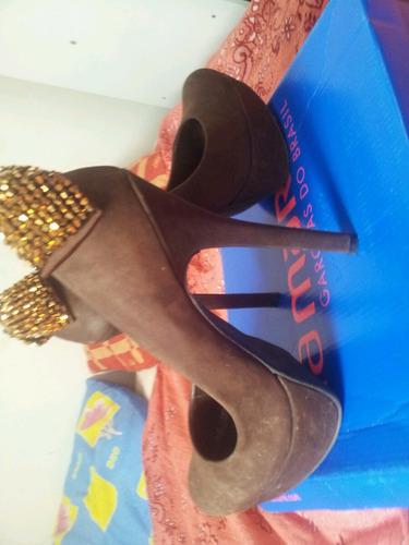sapatos diversos