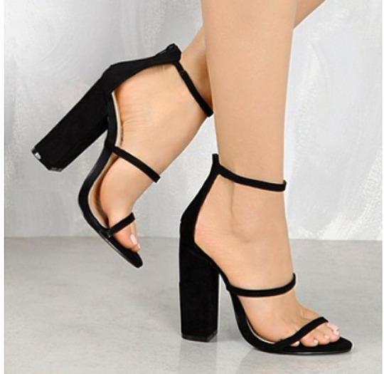b5ba793c8 Sapatos Femininos Sandálias Da Moda Festa - R$ 238,00 em Mercado Livre