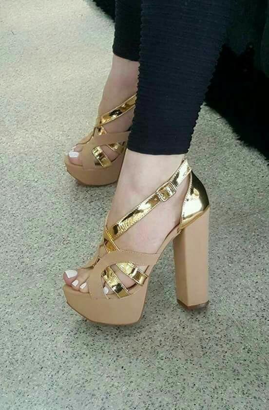 f22b062276 sapatos femininos sandálias festa salto plataforma. Carregando zoom.