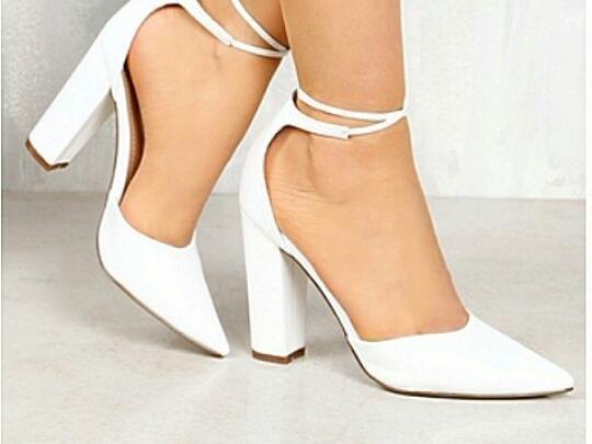 98a46f5442 Sapatos Femininos Scarpins De Amarrar Coleção Noivas - R$ 195,00 em ...