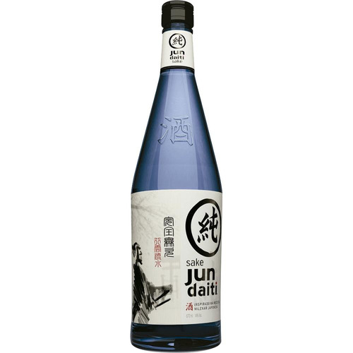 saquê nacional garrafa 670ml - jun daiti