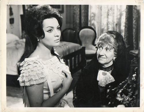sarita montiel julia caba alba la reina de chantecler 1962