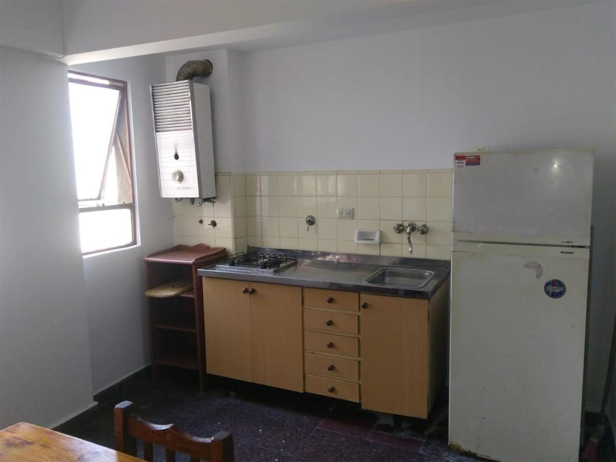 sarmiento 561 03-03