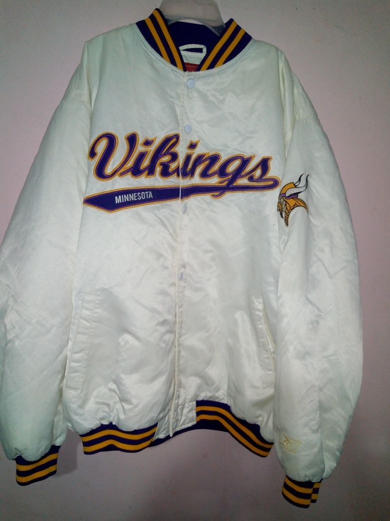 wholesale dealer e9513 551c7 Satin Jacket Minnesota Vikings Starter Vintage No Brady
