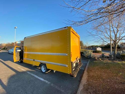 savana caja seca cutaway 2012