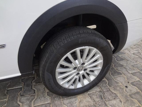 saveiro highline 1.6 t. flex 8v cd