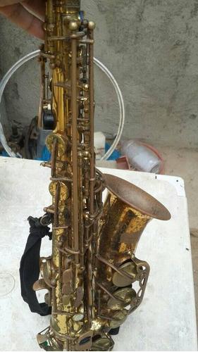 saxofon alto marca prelude