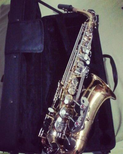 saxofon alto mendini + combo negociable