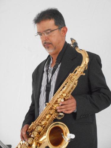saxofon en vivo para eventos sociales.