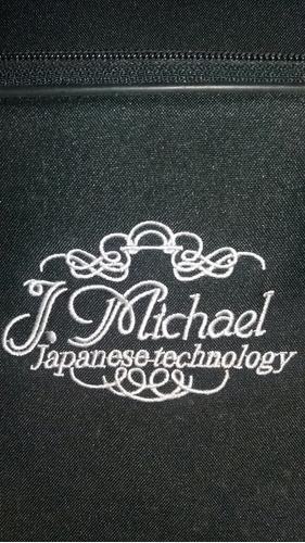 saxofon j. michael de japon. rojo