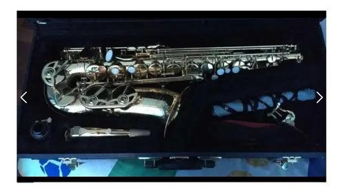 saxofón marca buescher mediano