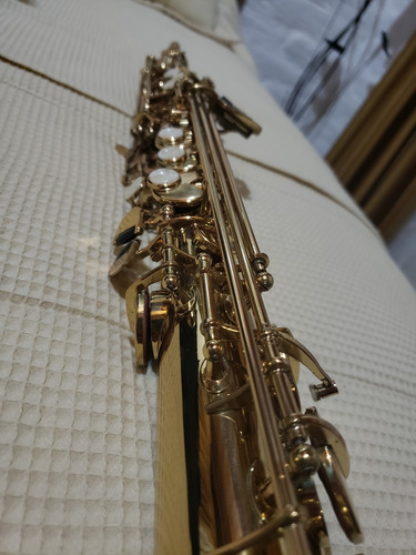 saxofón nuevo soprano recto- marca barcelona